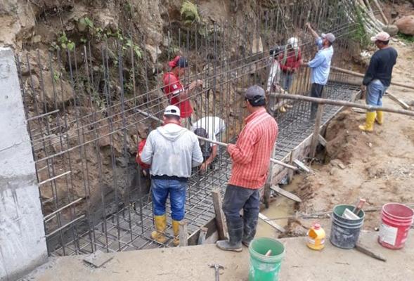 CONSTRUCCIÓN DEL PUENTE BADÉN EN EL SITIO ROSAL